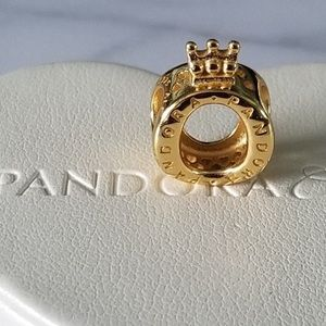 Pandora crown charm 👑 O shine 18k gold over 925